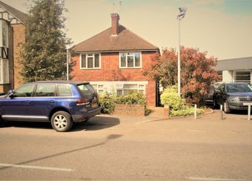 Thumbnail 2 bed flat to rent in Chalk Hill, Bushey, Hertfordshire