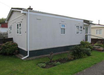Thumbnail 1 bed mobile/park home for sale in Strande Park (Ref 5428), Lightlands Lane, Cookham, Berkshire