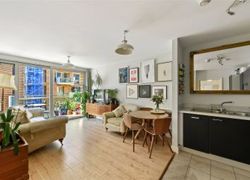 Nelson Walk, Bromley-By-Bow, London E3. 2 bed flat