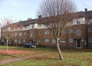 Thumbnail 1 bedroom flat to rent in Chipperfield Road, St. Pauls Cray, Orpington