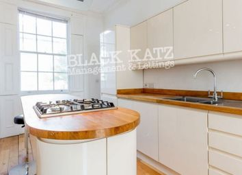 Thumbnail 3 bed flat to rent in Swinton Street, London