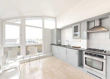 Cedar House, Woodland Crescent, Surrey Quays SE16. 2 bed penthouse for sale