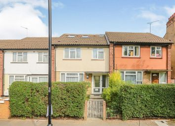 Moundfield Road, Stoke Newington N16. 5 bed terraced house