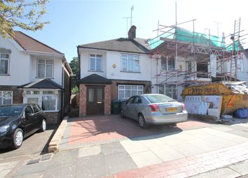 Thumbnail 3 bed property to rent in Nethercourt Avenue, London