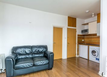 Thumbnail 1 bed flat to rent in Winchester Street, South Acton
