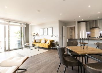 3 bed flat for sale in Limeharbour, London E14