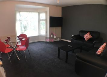Thumbnail 4 bed flat to rent in Bolton Road, Salford