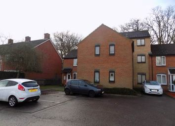 Thumbnail Studio to rent in Salcombe Way, Hayes, Middlesex