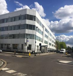 Thumbnail Property for sale in Drayton Park, Highbury, London