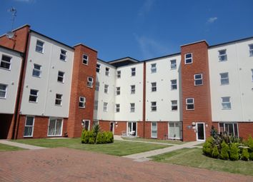 Thumbnail 2 bed flat for sale in Gaskell Place, Ipswich