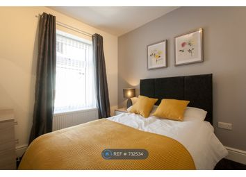 Thumbnail Room to rent in Well Street, Newcastle
