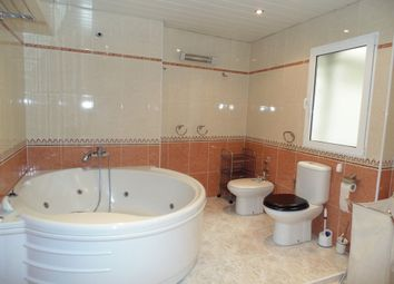 Thumbnail 4 bed apartment for sale in Alicante - Carolinas Bajas, Costa Blanca South, Spain