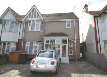 Thumbnail 1 bed flat to rent in Kensington Road, Southend On Sea, Essex