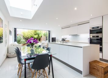 Thumbnail 5 bed property for sale in Gowrie Road, London