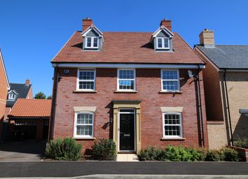 Thumbnail 5 bed detached house for sale in Harebell Avenue, Stotfold, Herts