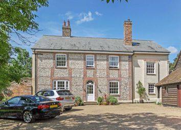 Thumbnail Detached house to rent in Wick Road, Wigginton, Tring