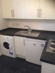 Thumbnail 1 bed flat to rent in Manor Row, Bradford City Centre