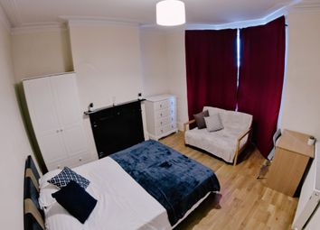 Room to rent in Woolwich Road, Charlton SE7