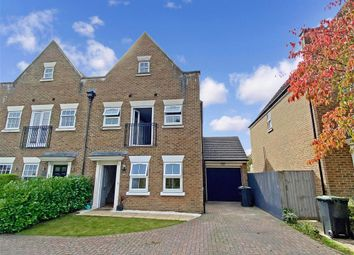 Braeburn Way, Kings Hill, West Malling, Kent ME19. 3 bed semi-detached house