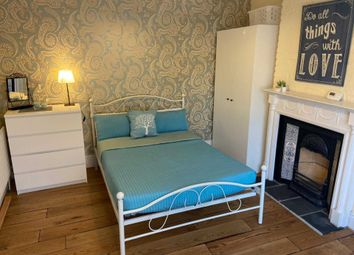 Room to rent in Room 1, 3 College Road, Guildford GU1