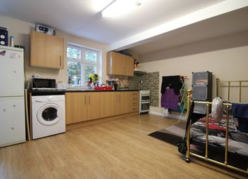 Thumbnail Studio to rent in Daws Lea, High Wycombe