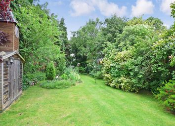Thumbnail 2 bed bungalow for sale in Barn Close, Littlehampton, West Sussex
