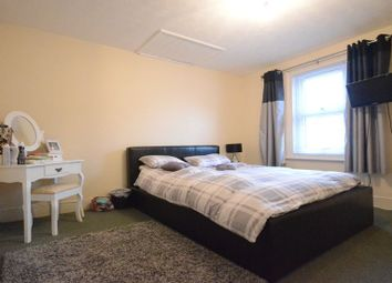 Thumbnail 1 bedroom flat to rent in Cholmeley Road, Reading