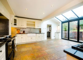 Thumbnail 5 bed property to rent in Courtland Drive, Chigwell