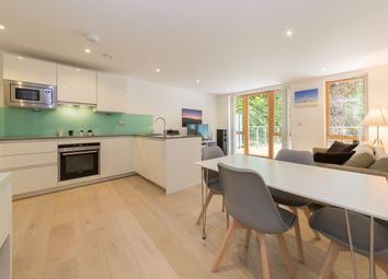 Thumbnail 2 bed flat to rent in Southwark Park Road, London