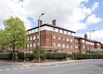Thumbnail 3 bedroom flat to rent in Hendon Park Mansions, Queens Road, London