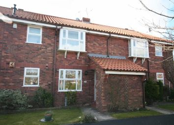 Thumbnail 2 bedroom flat to rent in Minster Avenue, East Riding Yorkshire