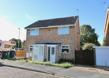 Thumbnail 2 bed flat to rent in Moyne Close, Cambridge