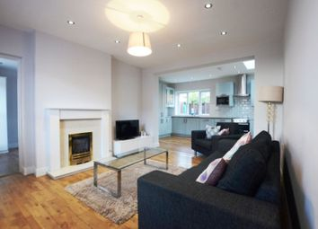Thumbnail 3 bed cottage to rent in Vicarage Road, Blackwater, Camberley