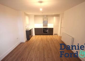 2 bed flat to rent in Lower Stone Street, Maidstone, Kent ME15