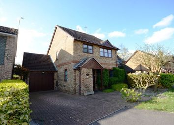 Thumbnail 3 bed detached house to rent in Gibbons Close, Sandhurst