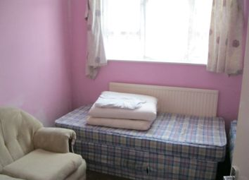 Thumbnail 3 bedroom flat to rent in Romford Road, Forest Gate