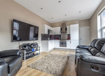 Thumbnail 1 bed flat to rent in Central Wokingham, Berkshire