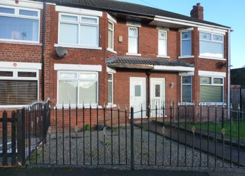 Thumbnail 3 bed terraced house to rent in Farndale Avenue, Hull