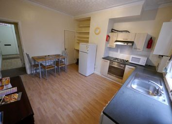 Thumbnail 4 bed property to rent in Meadow View, Hyde Park, Leeds