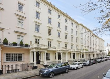 Thumbnail 2 bed flat to rent in 9-10 Warwick Square, London