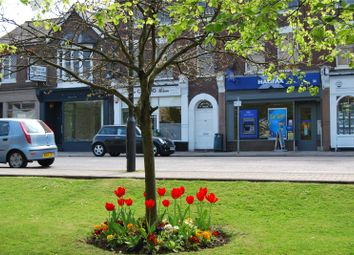 1 bed flat to rent in Lincoln House, 34B High Street, Harpenden, Hertfordshire AL5