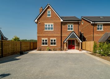 Goldsworth Road, Tring HP23. 4 bed detached house