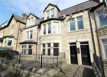 Thumbnail 2 bed flat to rent in Glebe Road, Harrogate