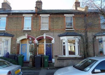 2 bed maisonette to rent in Hove Avenue, London E17