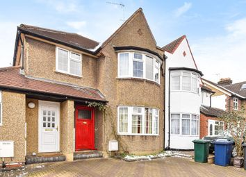 Thumbnail Flat for sale in Hervey Close, Finchley