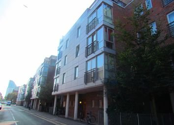 Thumbnail Studio to rent in Cross Street, Portsmouth
