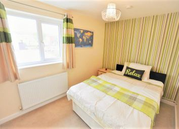 Thumbnail Room to rent in Fountain Garth, Bracknell