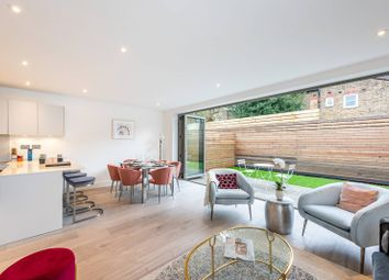 3 bed property for sale in Graveney Mews, Tooting, Mitcham CR4