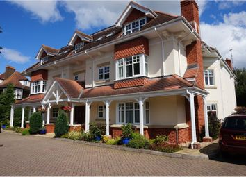 Thumbnail 2 bed flat to rent in Sarlsdown Road, Exmouth