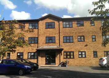 Thumbnail 1 bed flat to rent in Lawn Close, Swanley